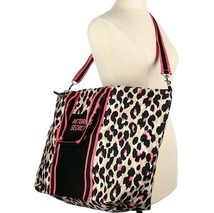 💜Victoria's Secret Leopard Print Weekender Bag